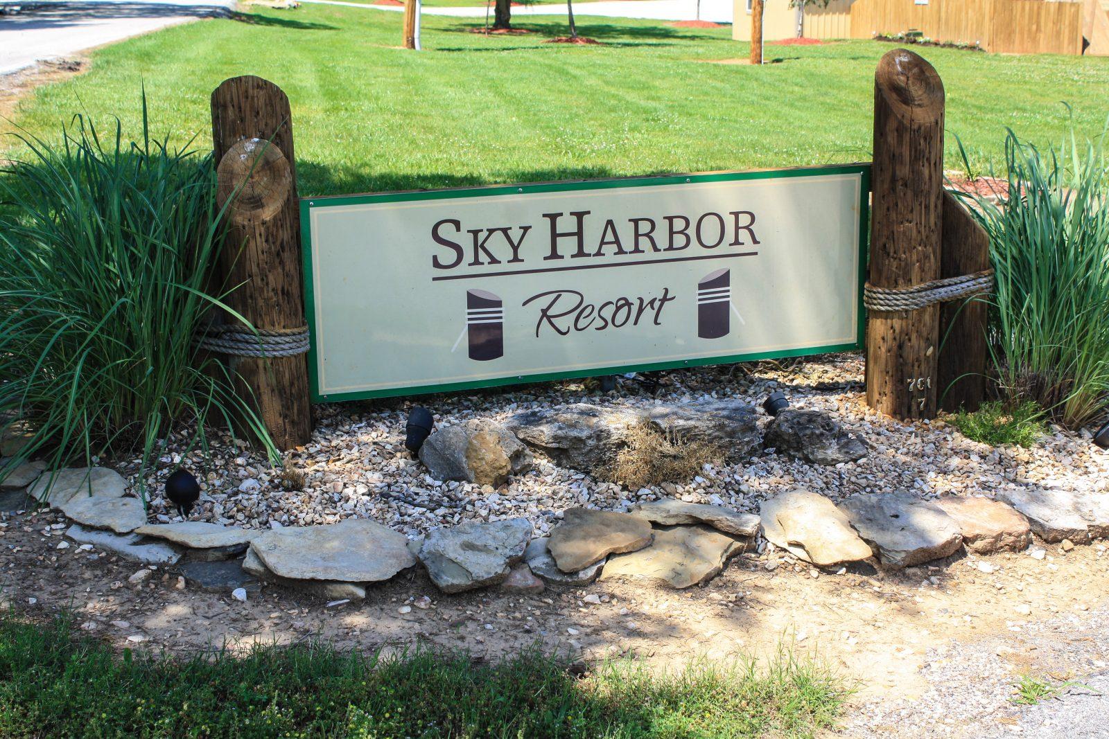 Kylee-Zacs-2019-Trip-Sky-Harbor-531-e1565597334730